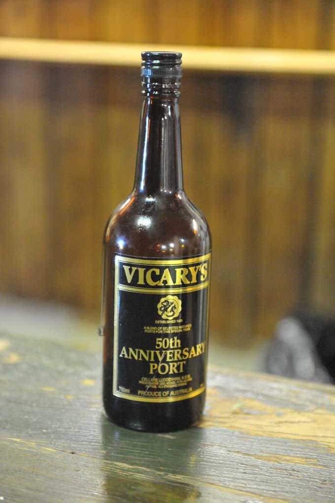 Vicary8